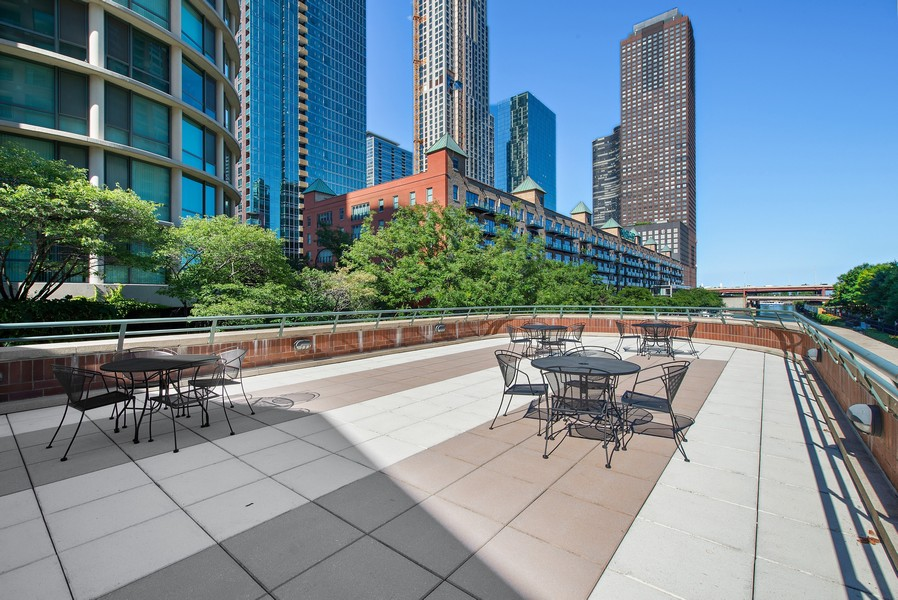 Real Estate Photography - 480 N McClurg Ct, 820, Chicago, IL, 60611 - Roof Deck