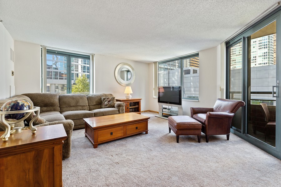 Real Estate Photography - 480 N McClurg Ct, 820, Chicago, IL, 60611 - Living Room