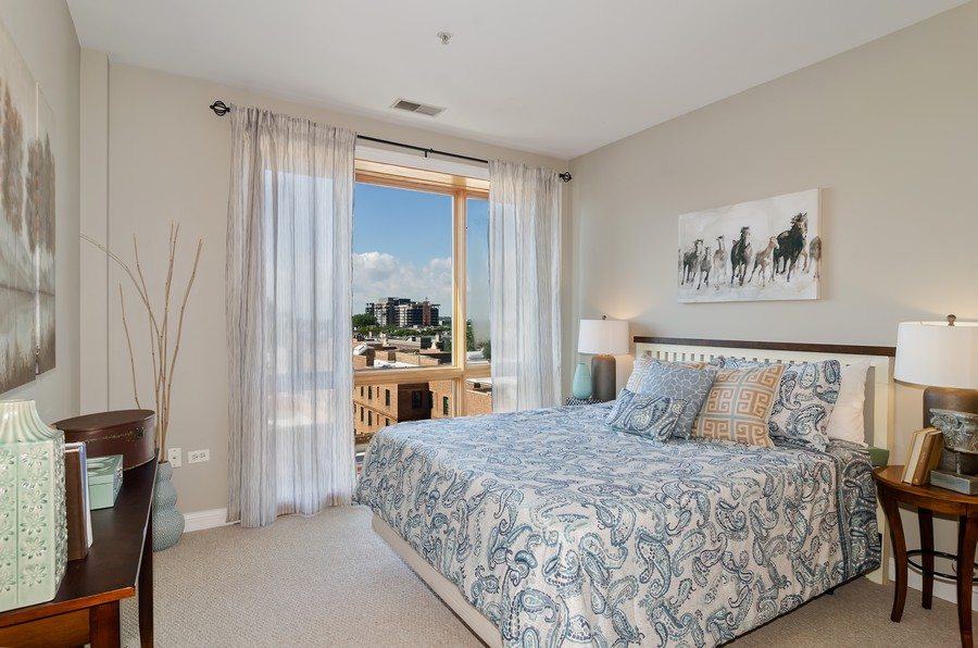 Real Estate Photography - 1444 N Orleans St, Unit 7B, Chicago, IL, 60610 - 2nd Bedroom