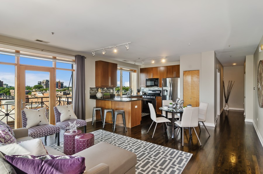 Real Estate Photography - 1444 N Orleans St, Unit 7B, Chicago, IL, 60610 - Kitchen / Living Room