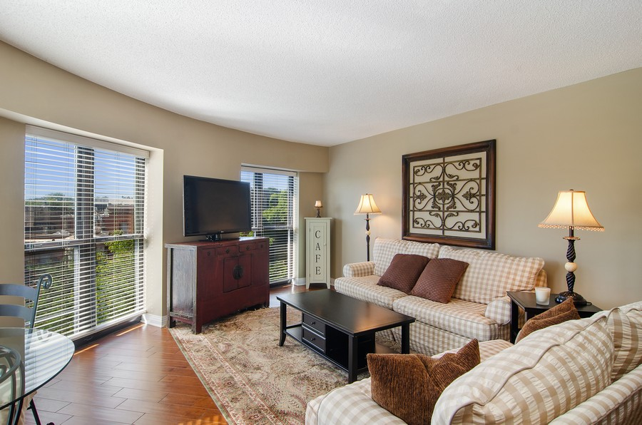 Real Estate Photography - 350 W Belden, Unit 406, Chicago, IL, 60614 - Living Room