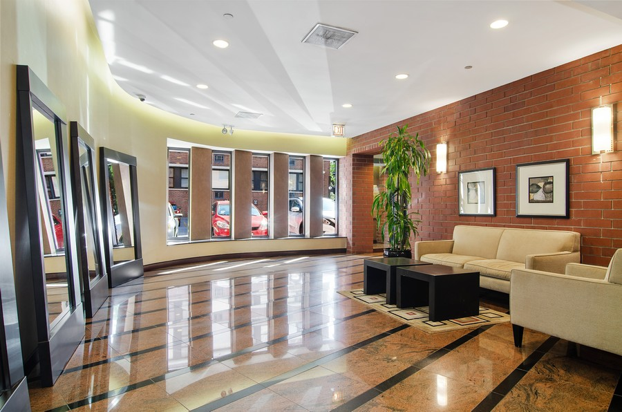 Real Estate Photography - 350 W Belden, Unit 406, Chicago, IL, 60614 - Lobby
