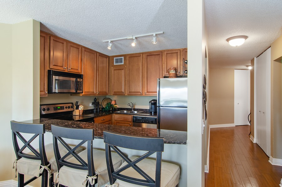 Real Estate Photography - 350 W Belden, Unit 406, Chicago, IL, 60614 - Kitchen
