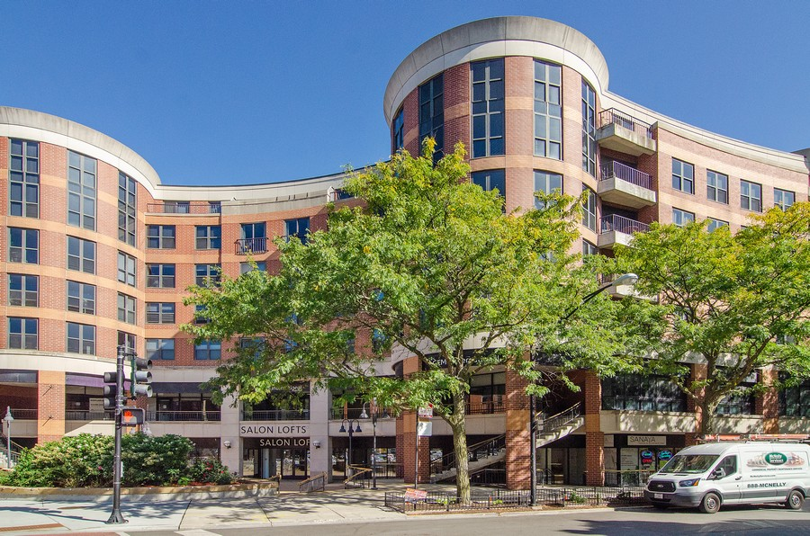 Real Estate Photography - 350 W Belden, Unit 406, Chicago, IL, 60614 - Front View