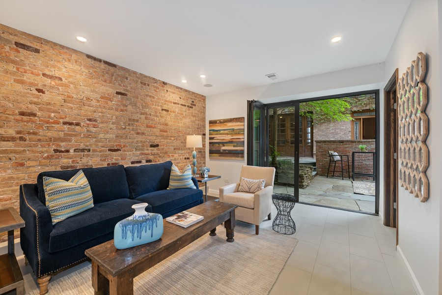 Real Estate Photography - 1234 N Dearborn St, Unit GR, Chicago, IL, 60610 - GR living room 3