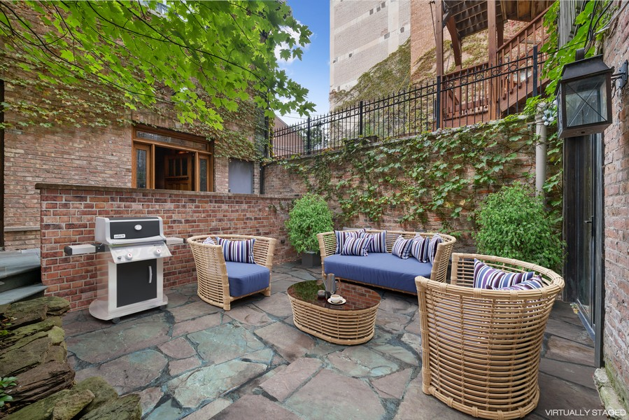 Real Estate Photography - 1234 N Dearborn St, Unit GR, Chicago, IL, 60610 - Patio