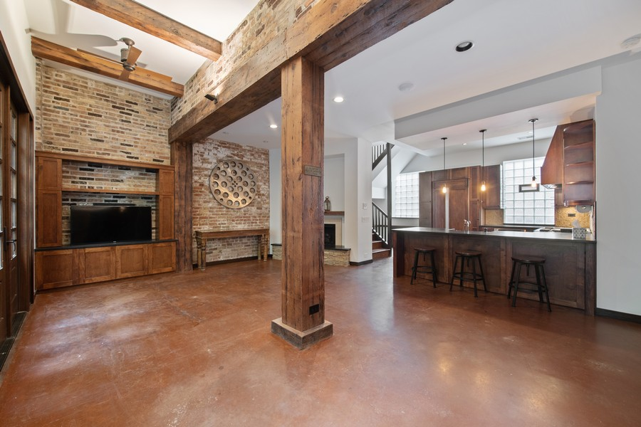 Real Estate Photography - 1234 N Dearborn St, Unit CH, Chicago, IL, 60610 - CH living dining