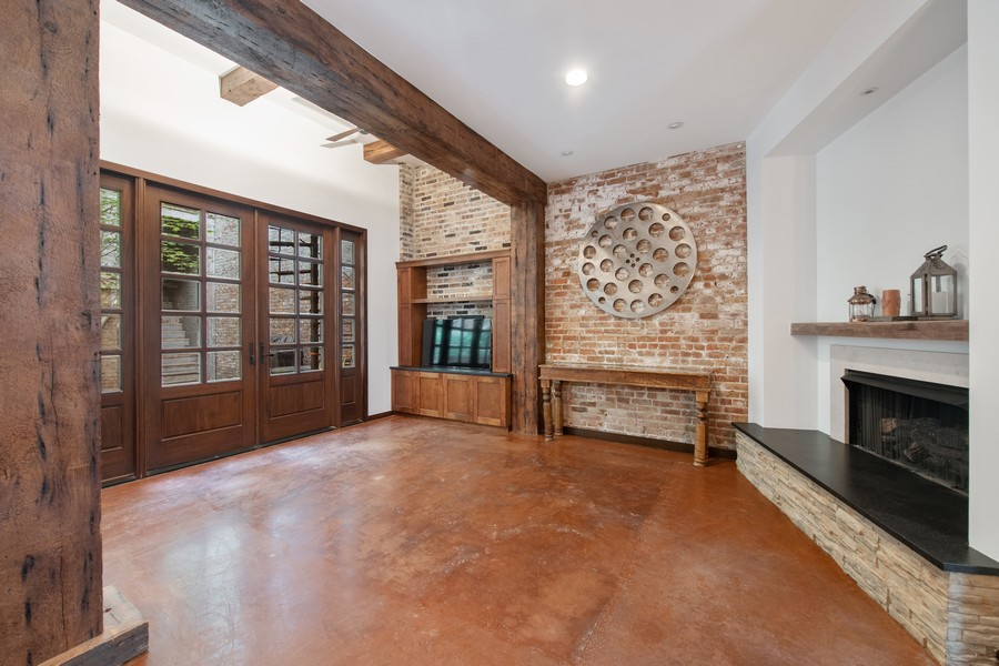 Real Estate Photography - 1234 N Dearborn St, Unit CH, Chicago, IL, 60610 - CH Living Dining 2