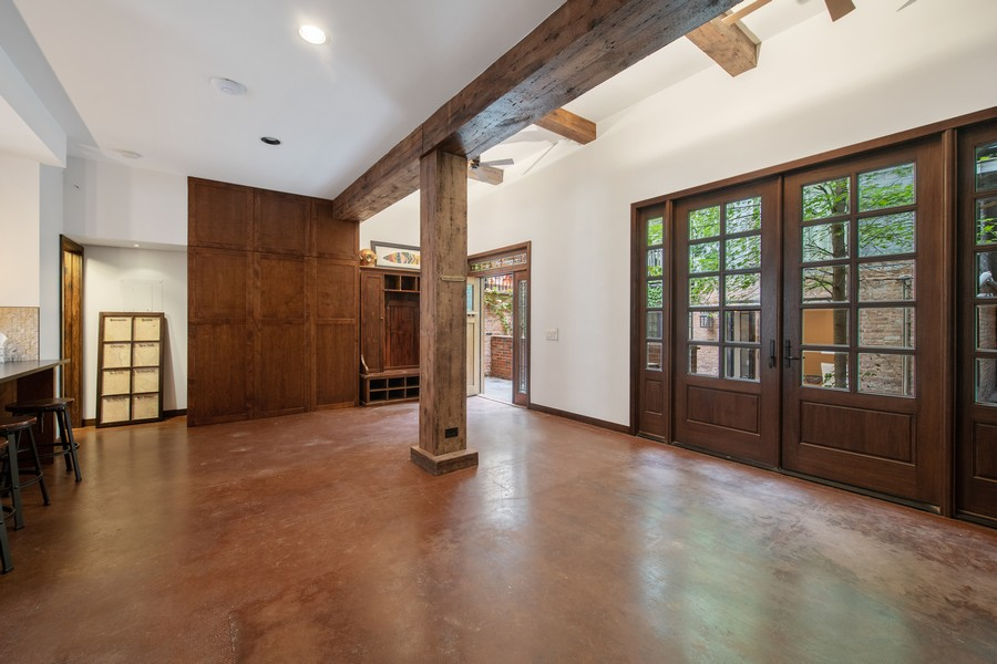 Real Estate Photography - 1234 N Dearborn St, Unit CH, Chicago, IL, 60610 - Living Room