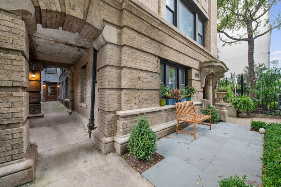 Real Estate Photography - 1234 N Dearborn St, Unit CH, Chicago, IL, 60610 - entrance