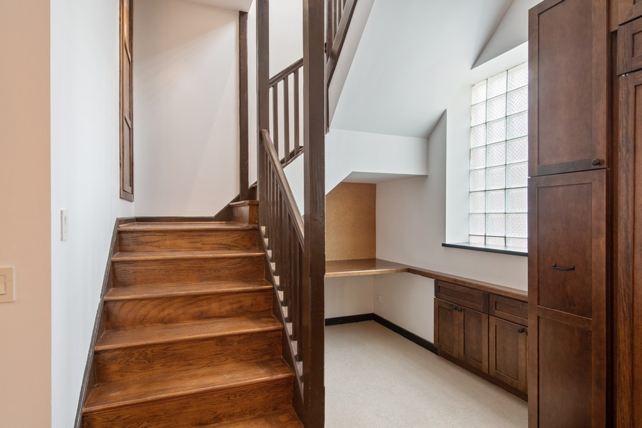 Real Estate Photography - 1234 N Dearborn St, Unit CH, Chicago, IL, 60610 - Staircase