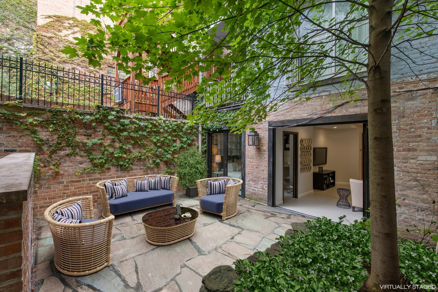 Real Estate Photography - 1234 N Dearborn St, Unit CH, Chicago, IL, 60610 - Patio