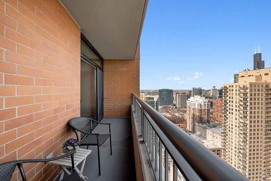 Real Estate Photography - 1160 S Michigan Ave, Unit 3304, Chicago, IL, 60605 - Terrace 2