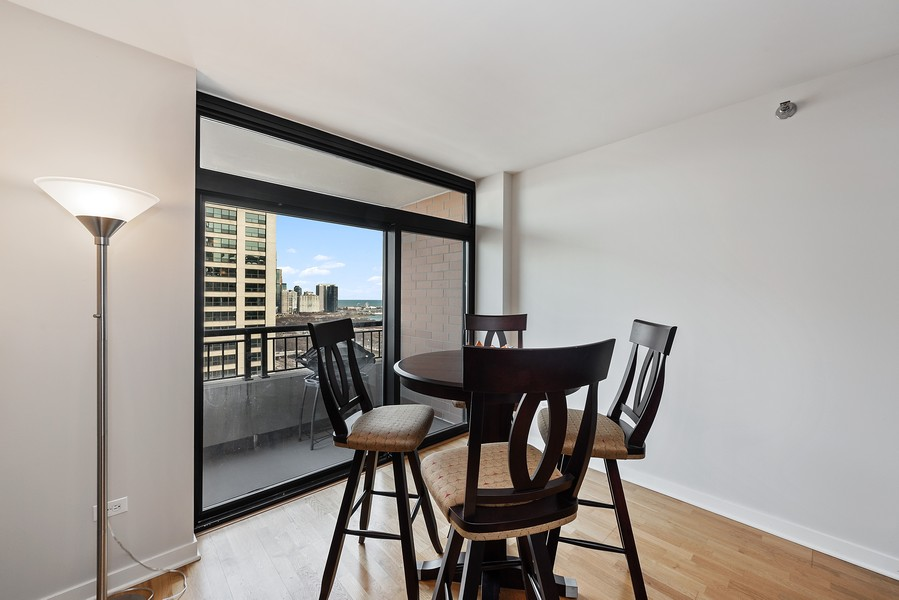 Real Estate Photography - 1160 S Michigan Ave, Unit 3304, Chicago, IL, 60605 - Dining Area