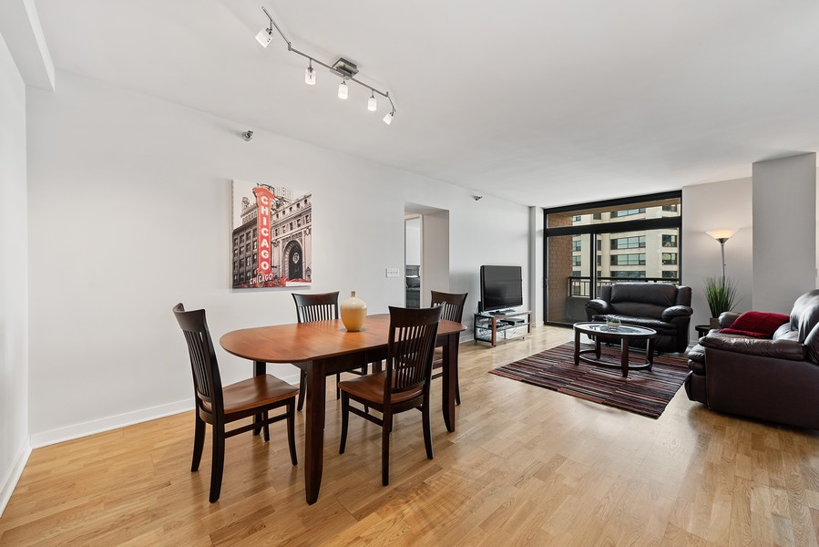 Real Estate Photography - 1160 S Michigan Ave, Unit 3304, Chicago, IL, 60605 - Living Room / Dining Room