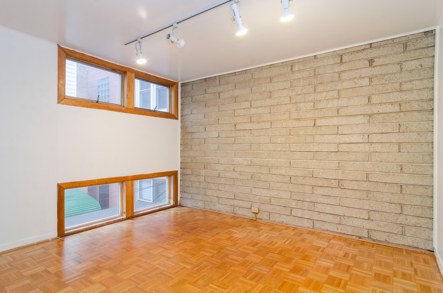 Real Estate Photography - 1844 N Mohawk St, Unit A, Chicago, IL, 60614 - 2nd Bedroom