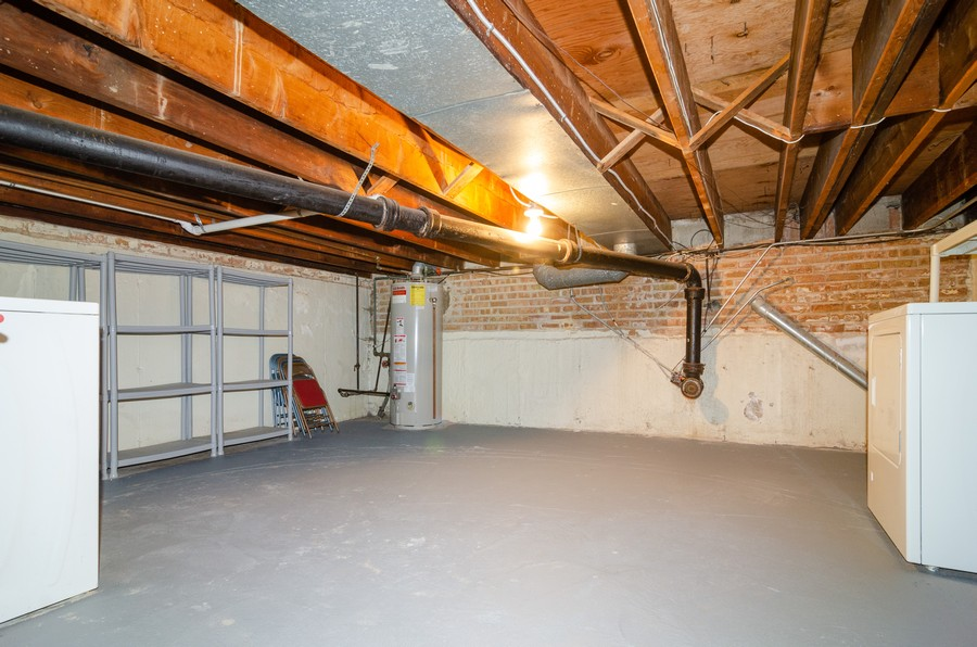 Real Estate Photography - 1844 N Mohawk St, Unit A, Chicago, IL, 60614 - Utility/Storage Area