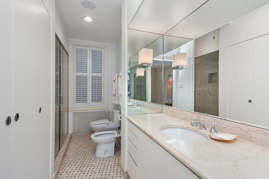 Real Estate Photography - 1448 N Lakeshore Dr, Apt 3B, Chicago, IL, 60610 - Master Bathroom
