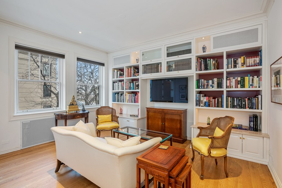 Real Estate Photography - 1448 N Lakeshore Dr, Apt 3B, Chicago, IL, 60610 - 2nd Bedroom