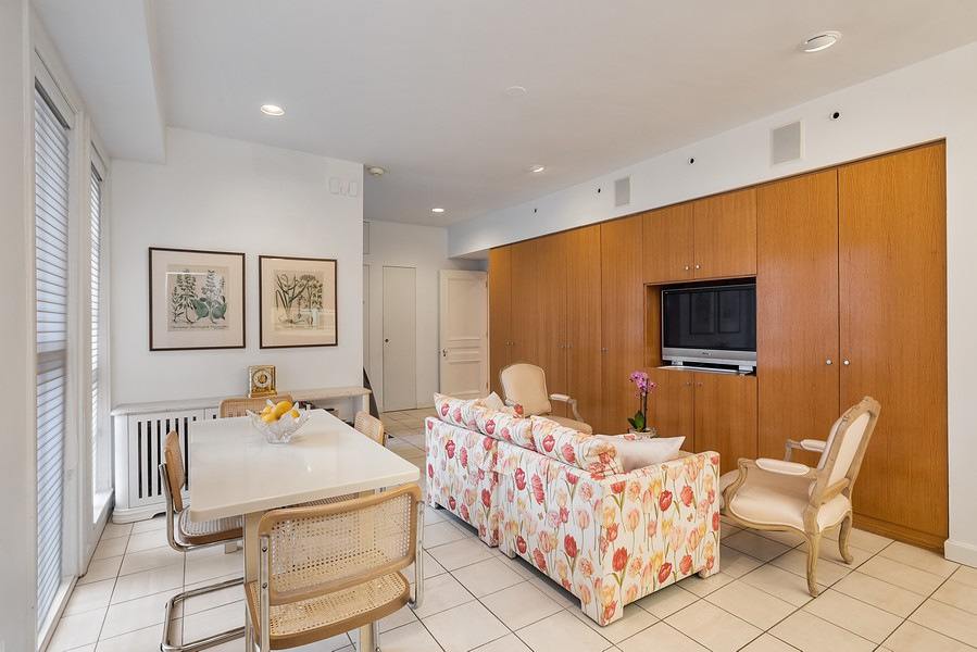 Real Estate Photography - 1448 N Lakeshore Dr, Apt 3B, Chicago, IL, 60610 - Family Room