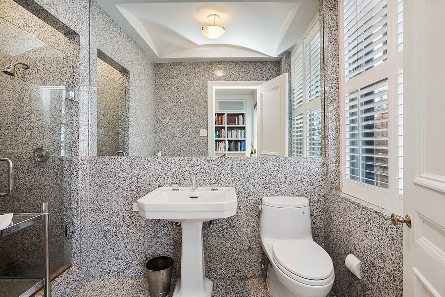 Real Estate Photography - 1448 N Lakeshore Dr, Apt 3B, Chicago, IL, 60610 - 2nd Bathroom