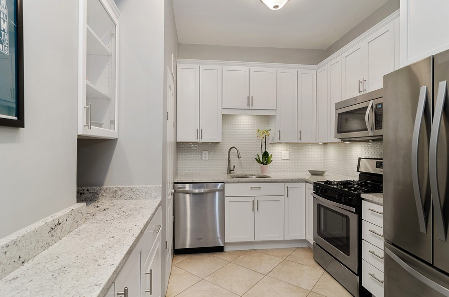 Real Estate Photography - 2221 N Lincoln Ave, Chicago, IL, 60614 - Kitchen