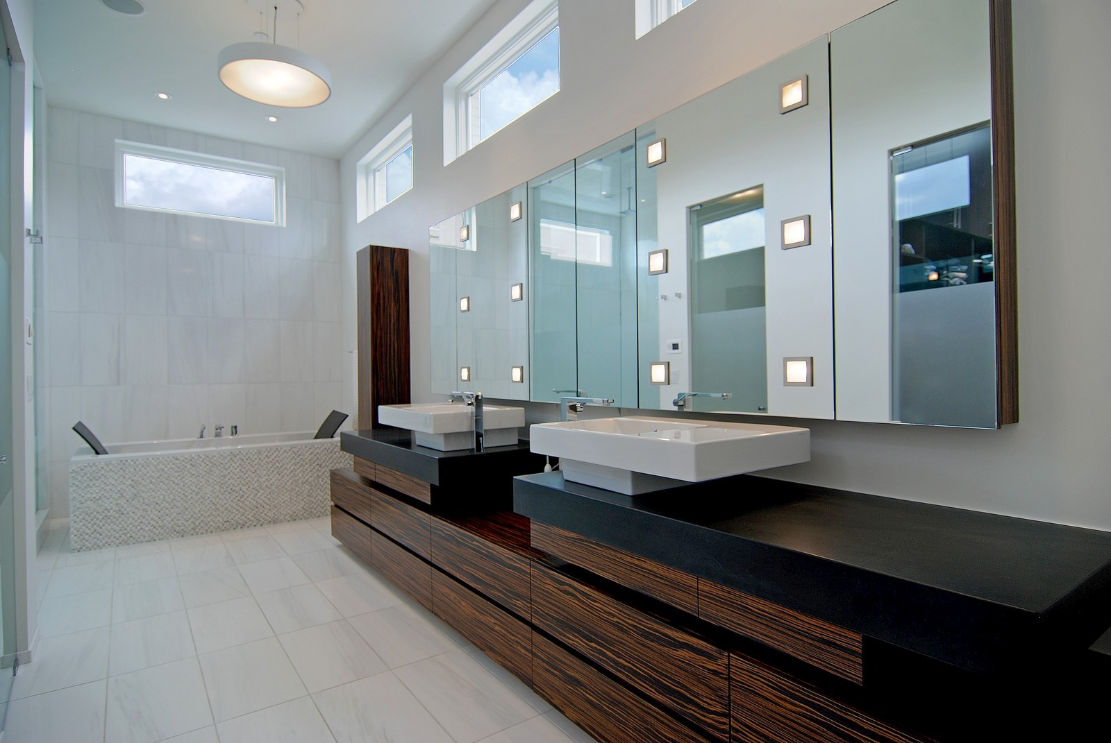 Real Estate Photography - 1837 N Winchester, Chicago, IL, 60622 - Master Bathroom