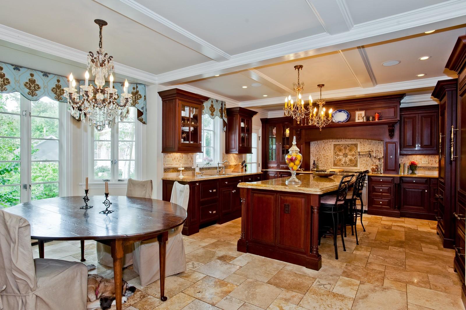 Real Estate Photography - 1161 Laurel, Winnetka, IL, 60093 - Kitchen / Breakfast Room