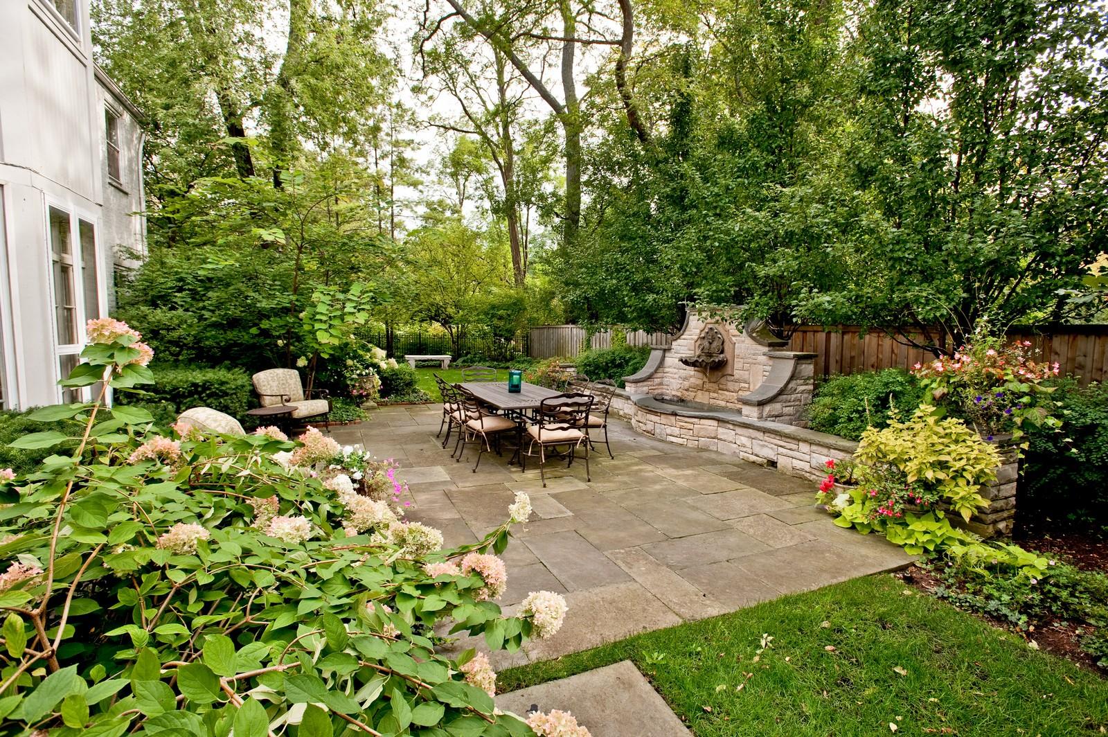 Real Estate Photography - 1161 Laurel, Winnetka, IL, 60093 - Back Yard