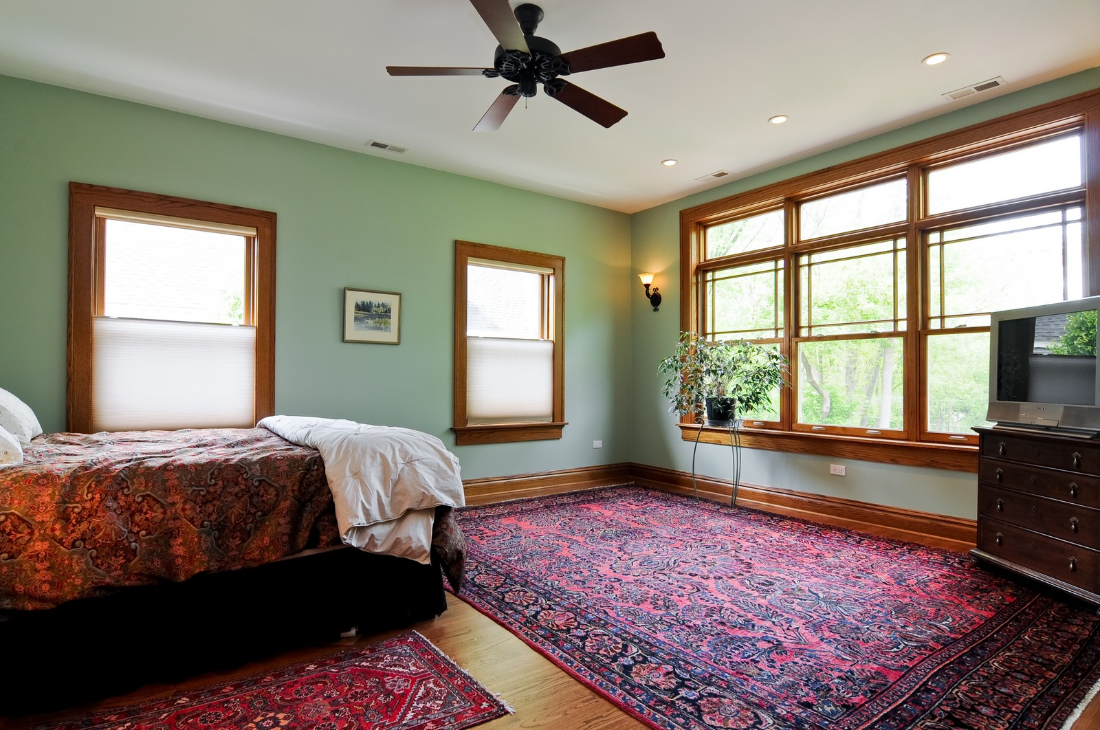 Real Estate Photography - 426 Spruce, Lake Forest, IL, 60045 - Master Bedroom