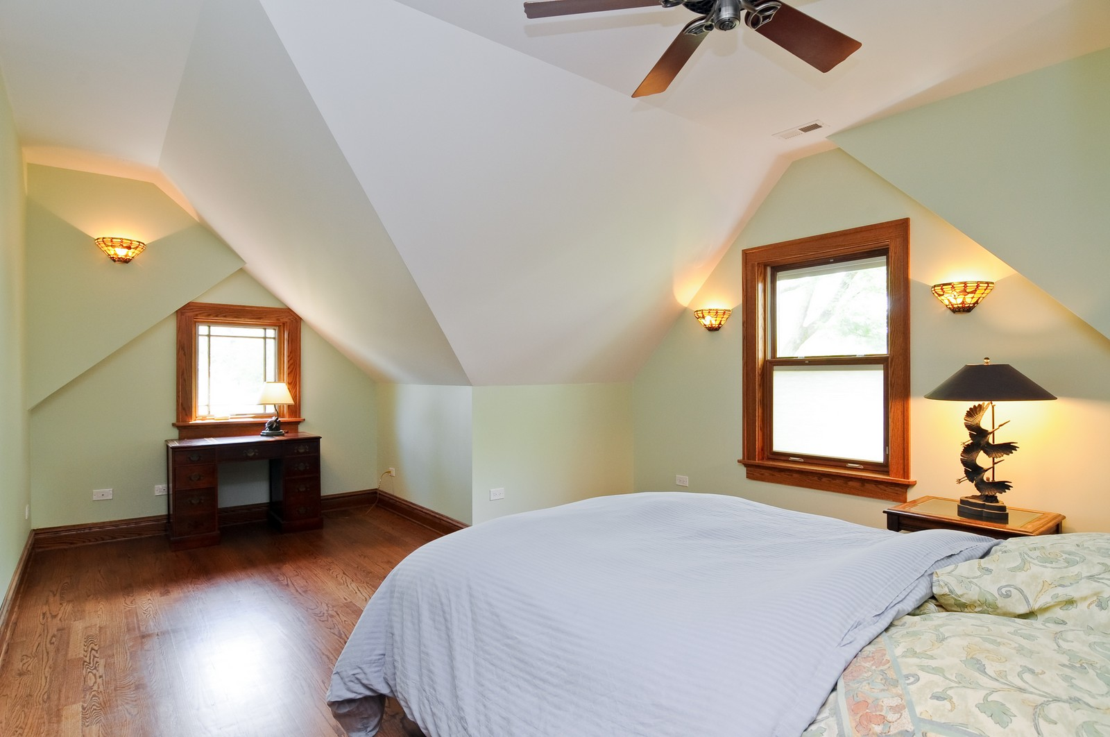 Real Estate Photography - 426 Spruce, Lake Forest, IL, 60045 - 2nd Bedroom