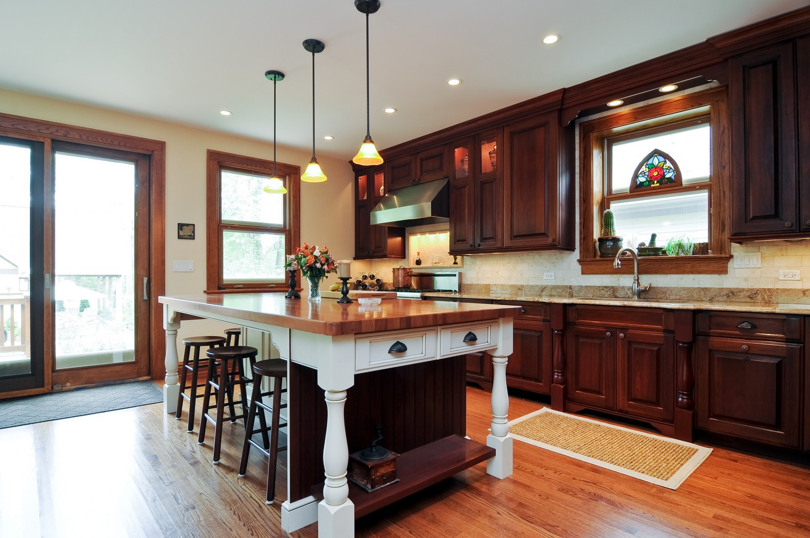 Real Estate Photography - 426 Spruce, Lake Forest, IL, 60045 - Kitchen