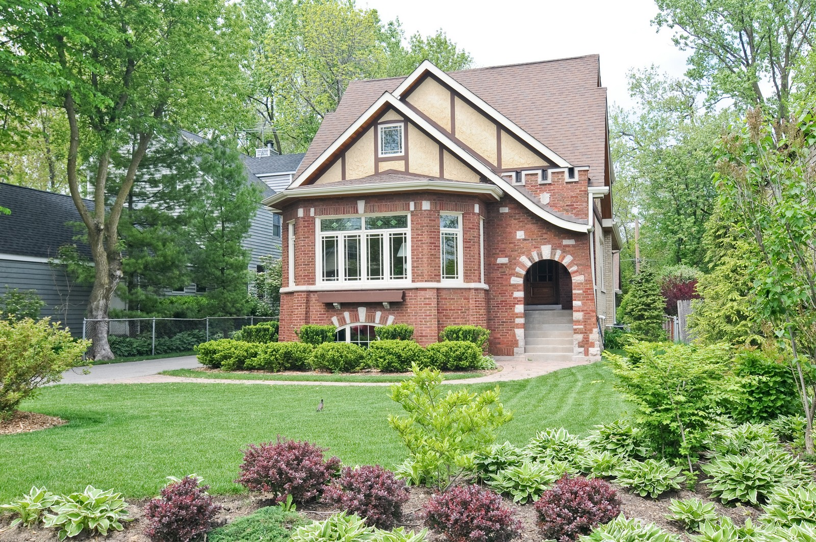 Real Estate Photography - 426 Spruce, Lake Forest, IL, 60045 - Front View