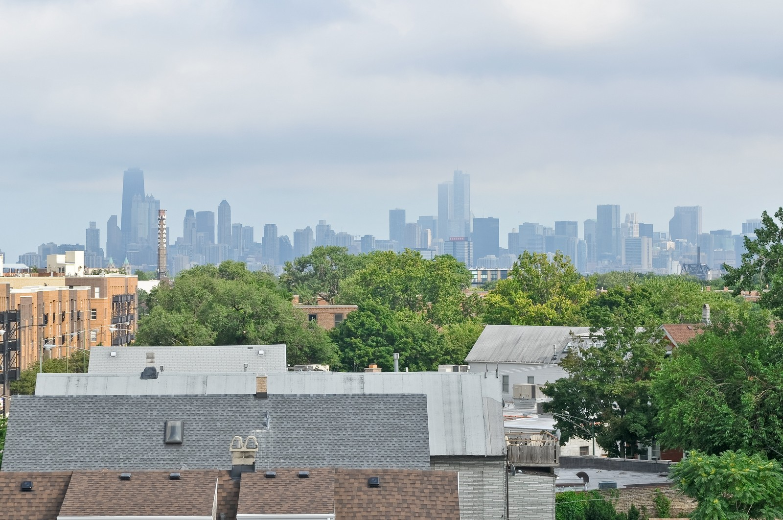Real Estate Photography - 3056 N Clybourn, Unit 2N, Chicago, IL, 60618 - Roof Top Deck