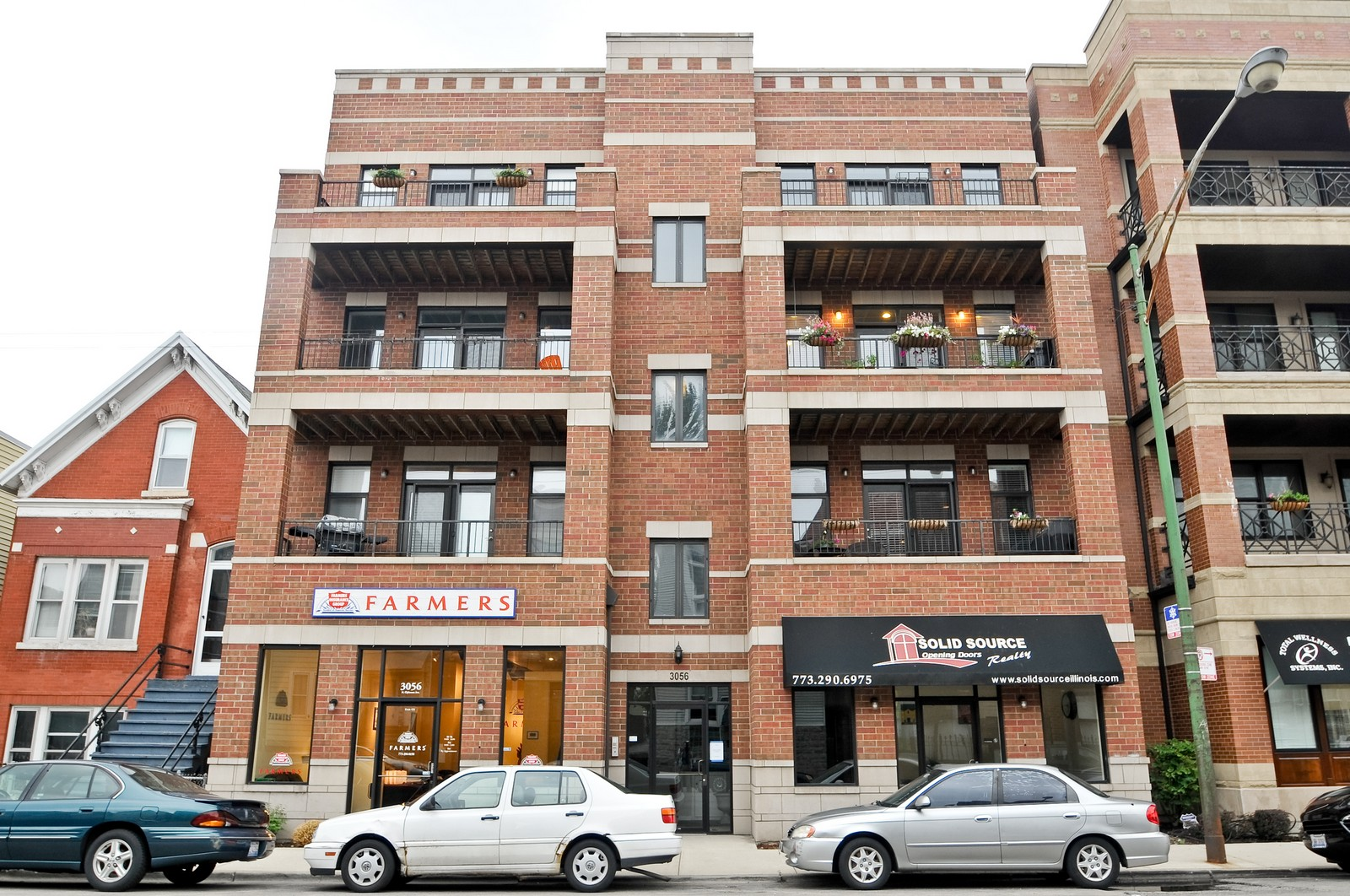 Real Estate Photography - 3056 N Clybourn, Unit 2N, Chicago, IL, 60618 - Front View