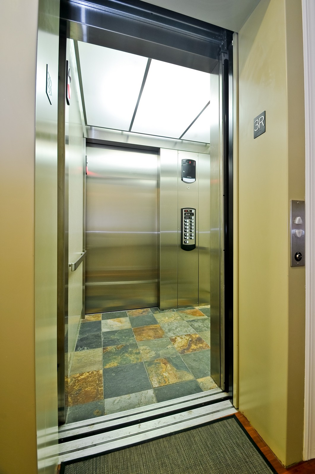 Real Estate Photography - 3056 N Clybourn, Unit 2N, Chicago, IL, 60618 - Private In-Unit Elevator