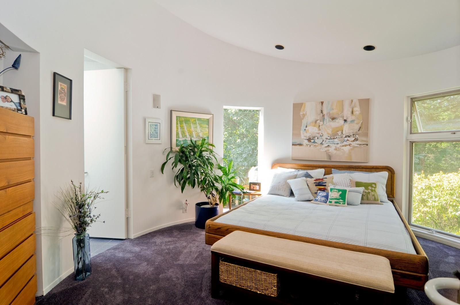 Real Estate Photography - 4 Dunsinane, Bannockburn, IL, 60015 - 3rd Bedroom