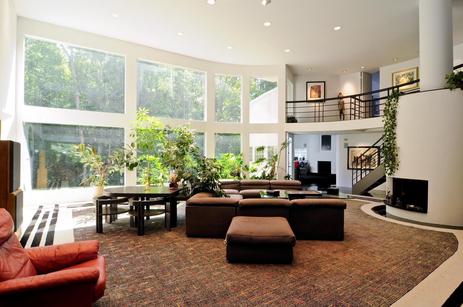 Real Estate Photography - 4 Dunsinane, Bannockburn, IL, 60015 - Living Room