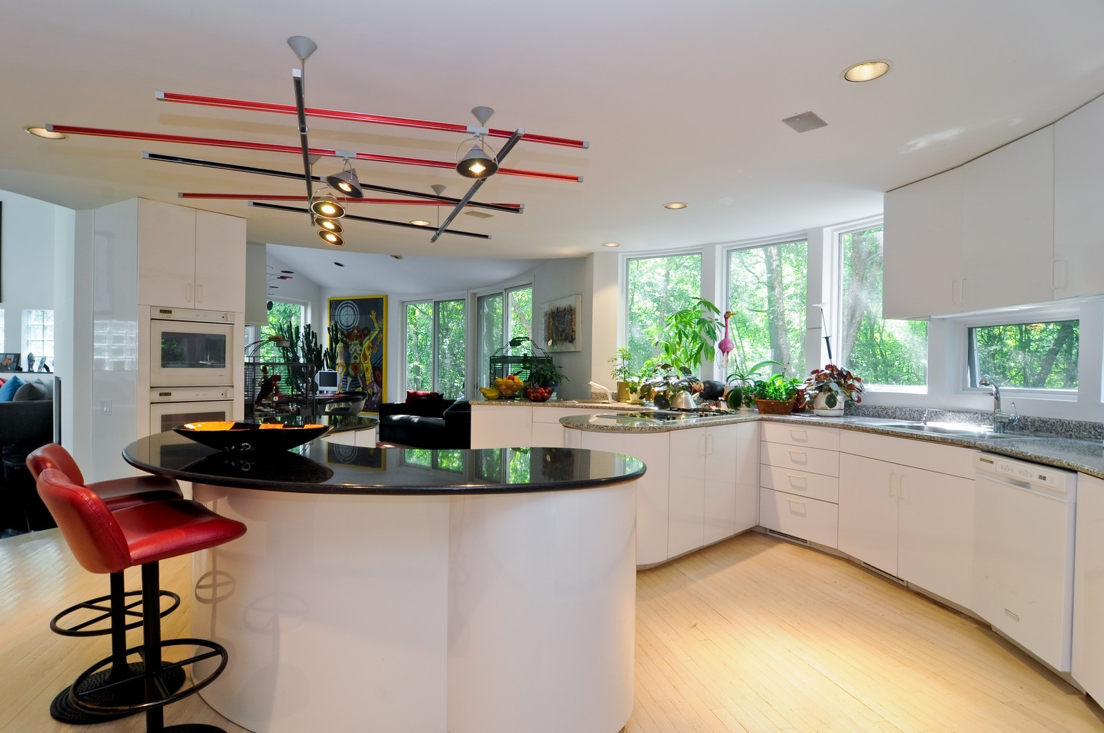 Real Estate Photography - 4 Dunsinane, Bannockburn, IL, 60015 - Kitchen