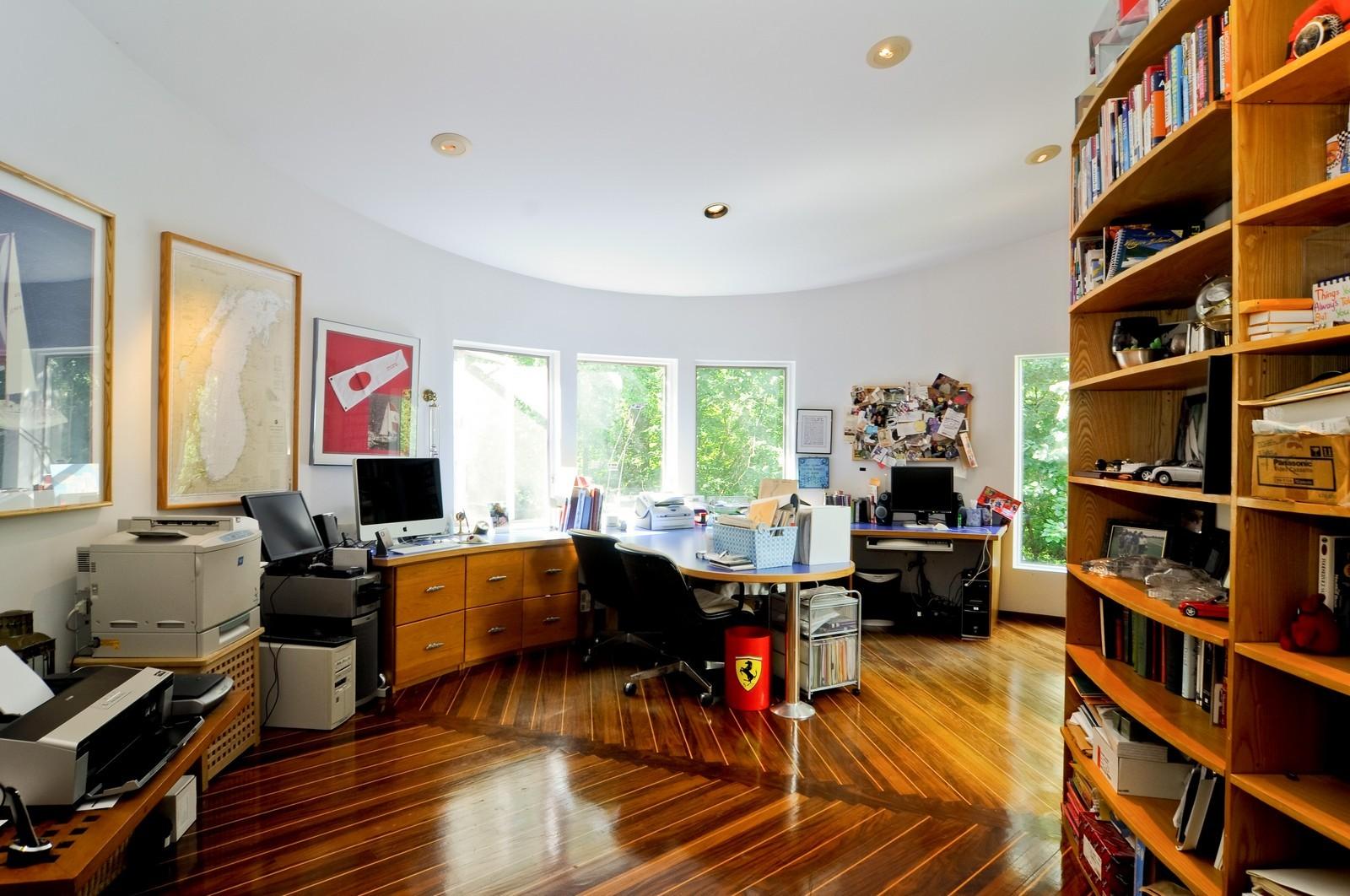 Real Estate Photography - 4 Dunsinane, Bannockburn, IL, 60015 - Office