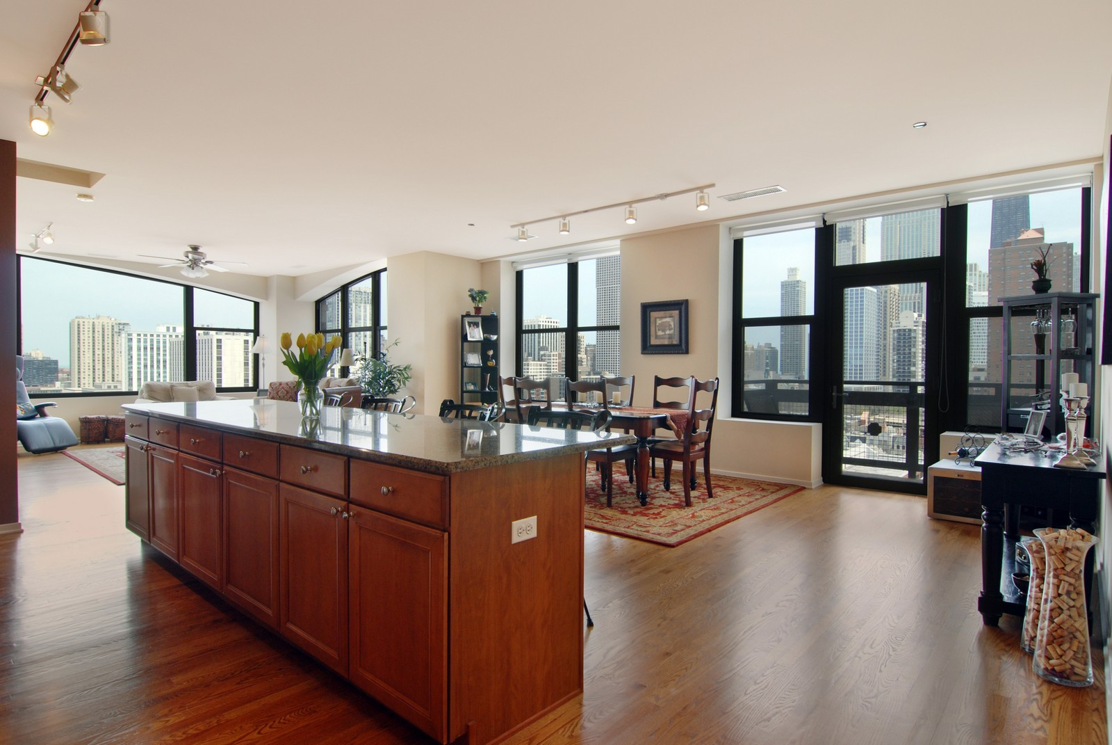 Real Estate Photography - 849 N. Franklin, 1107, Chicago, IL, 60610 - Great Room