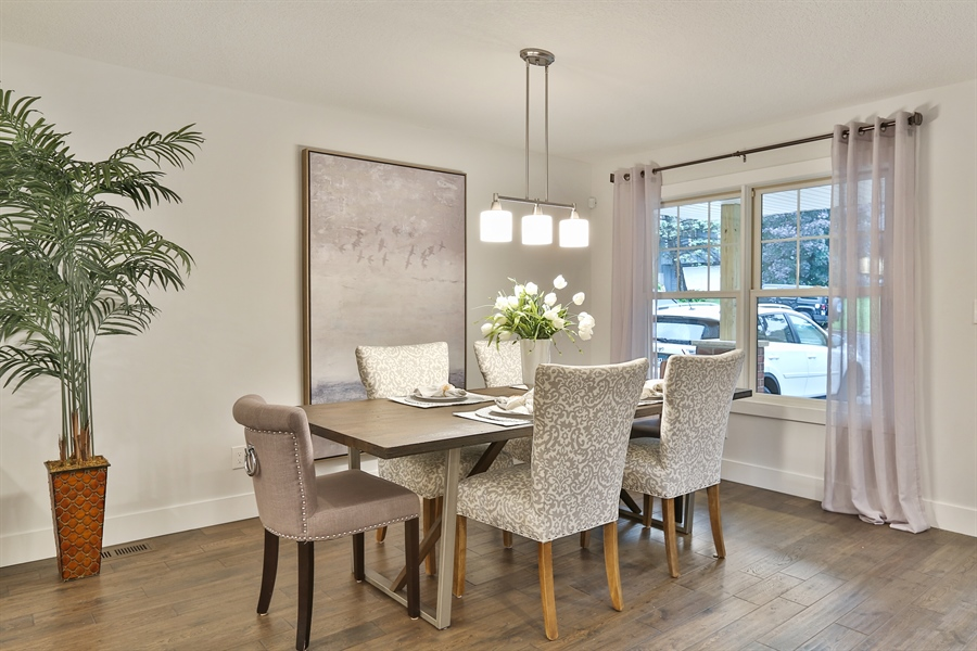 Real Estate Photography - 4513 Parkside Ln, Edina, MN, 55436 - Dining Room