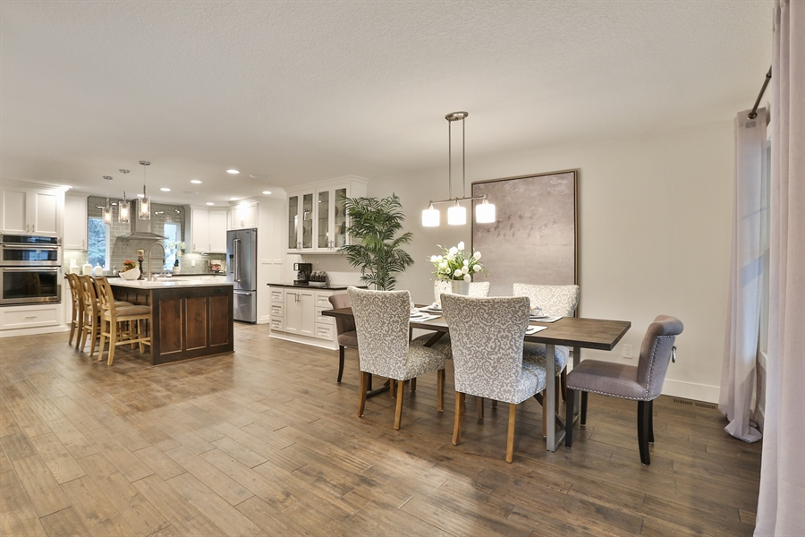 Real Estate Photography - 4513 Parkside Ln, Edina, MN, 55436 - Kitchen / Dining Room