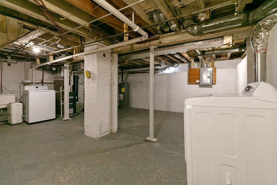Real Estate Photography - 2844 S 38th Ave, Minneapolis, MN, 55406 - Basement
