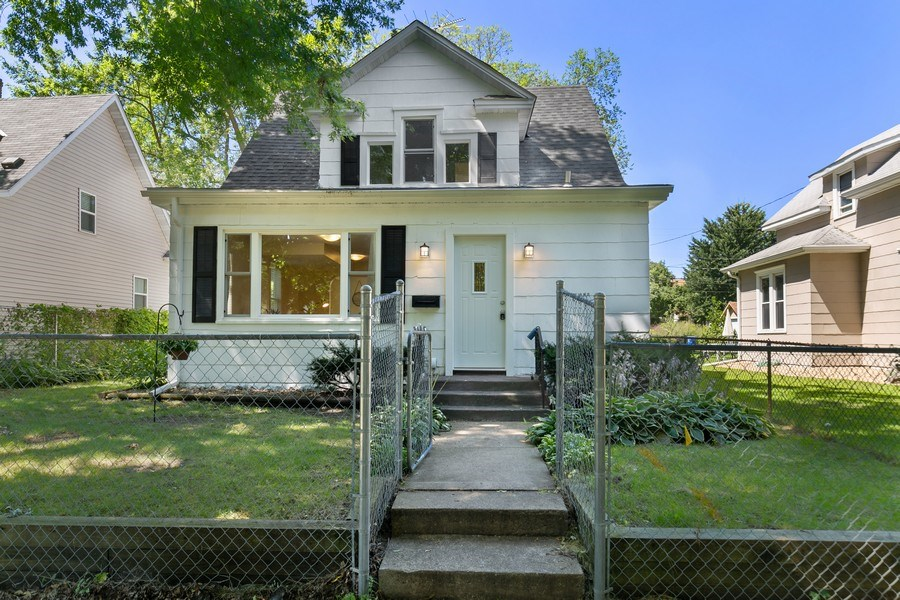 Real Estate Photography - 2844 S 38th Ave, Minneapolis, MN, 55406 - Front View
