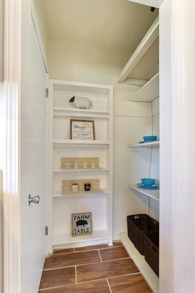 Real Estate Photography - 2844 S 38th Ave, Minneapolis, MN, 55406 - Pantry