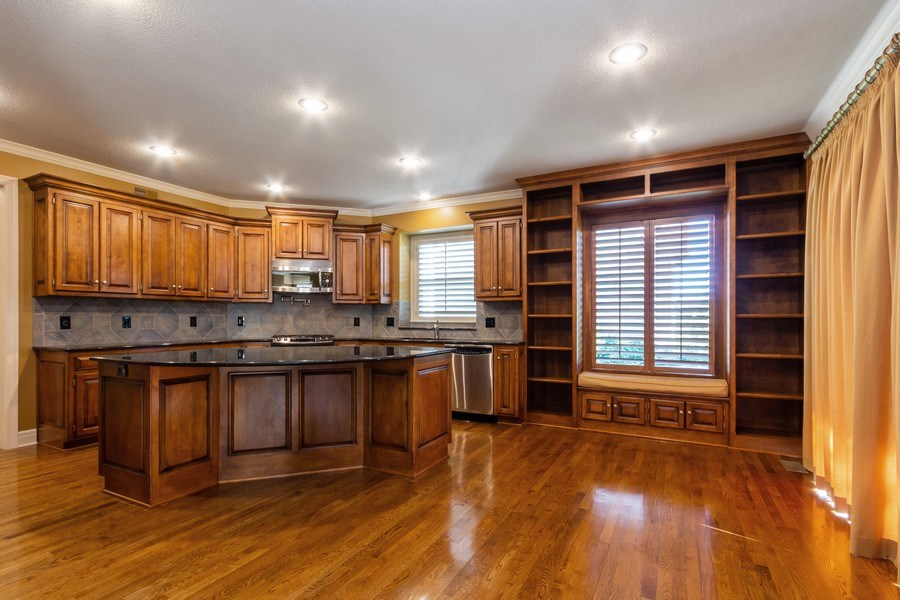 Real Estate Photography - 9116 W. 156th Place, Overland Park, KS, 66221 - Kitchen