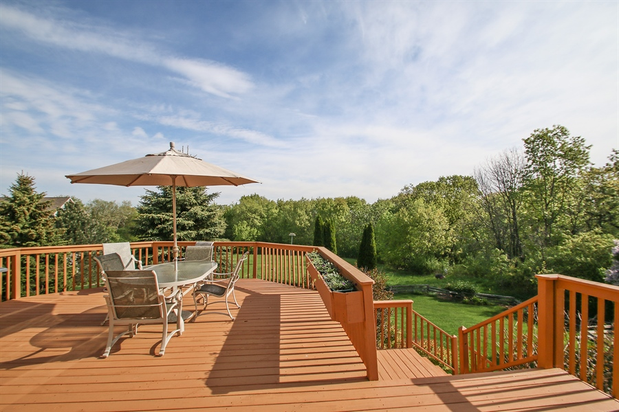 Real Estate Photography - W295 S 5278 Holiday Oak Ct, Genesee Depot, WI, 53127 - Deck