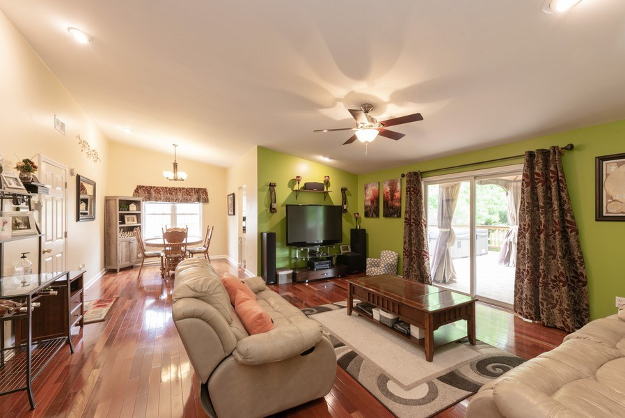 Real Estate Photography - 923 Essex Dr, Chesterton, IN, 46304 - Living Room / Dining Room