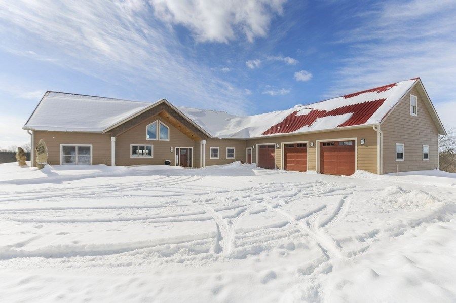 Real Estate Photography - 3472 W 450th Ave, Maiden Rock, WI, 54750 - Front View